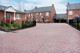Pembury - Paving blocks