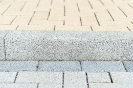 Country Kerb