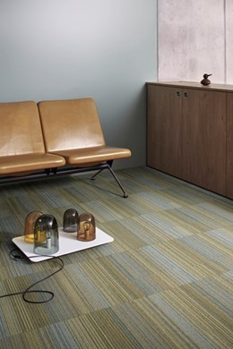 Chenille Warp - Pile carpet tiles