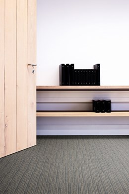Yuton 105 - Pile carpet tiles