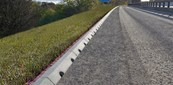 Mono Beany - 45° Splayed drainage kerb
