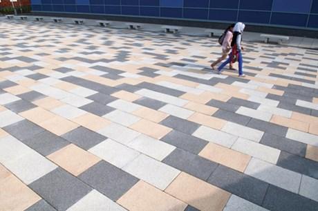 Mayfair Flags - Paving blocks