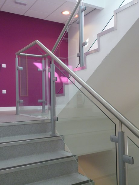 General Spectrum Balustrade System: Toughened Glass Infill