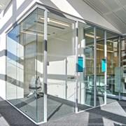 SG Axile Clarity Frameless Door On Hinges