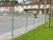 Roll Top + Twilfix - Metal mesh fence panel
