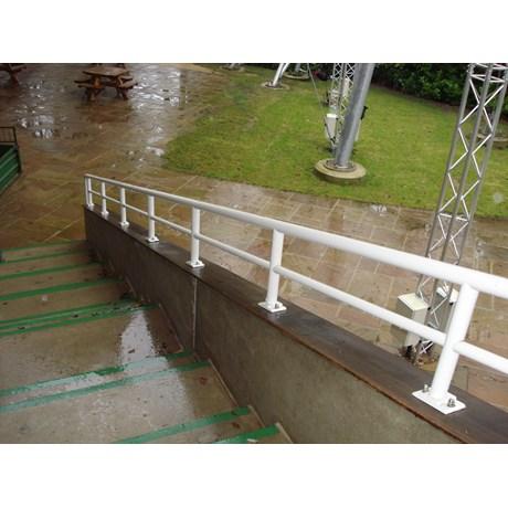 General Spectrum Balustrade System: Rail Infill 38 mm