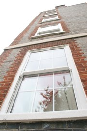 Evolve VS Swept Head - Vertical sliding windows