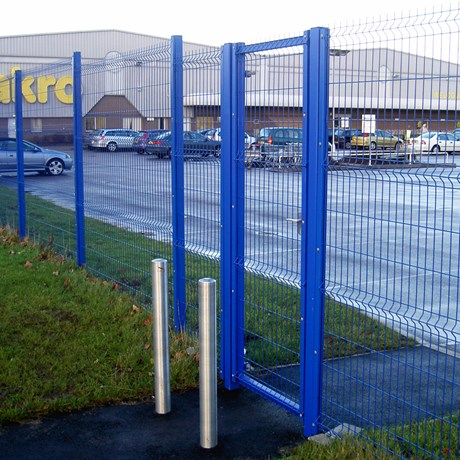 Lockmaster – With infill options for systems above single leaf gate - Carbon steel gate