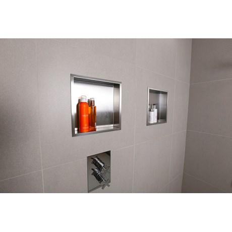 BOX 10 - Bathroom cabinet
