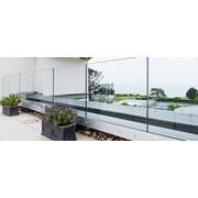 Q-railing Easy Glass Prime - Fascia Mount