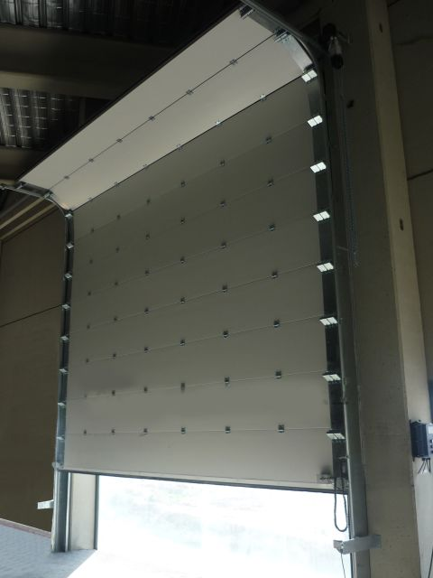 Acoustic Roller Shutter Door 31–44 Rw dB