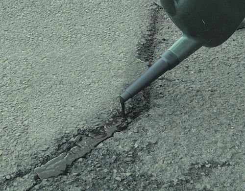 Asphalt Crack Filler