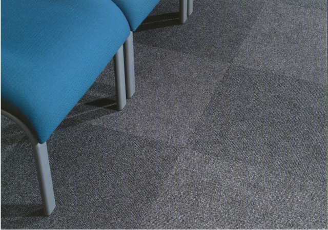 CFS New Chinook Carpet Tile