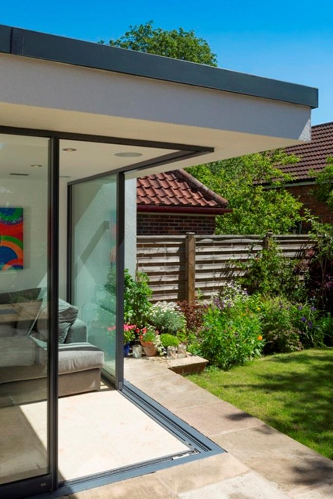 Croftway - opening corner system 22 & Fineline Aluminium Ltd