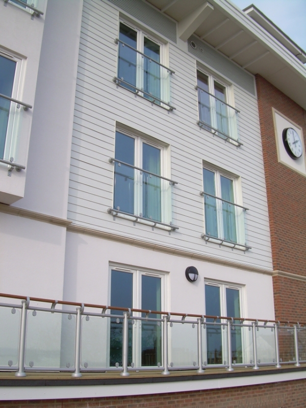 Fusion – Commercial Outdoor Glass Balustrade
