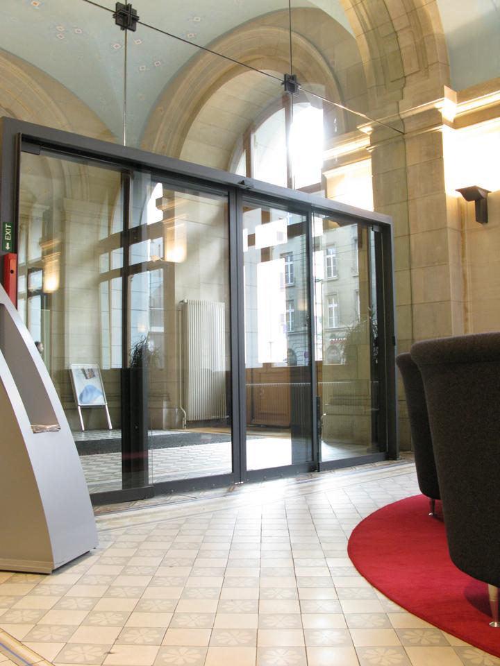 gilgen door systems uk ltd. Black Bedroom Furniture Sets. Home Design Ideas