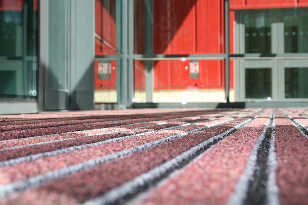 A Bright Innovation in Entrance Matting is the choice of Barnsley College