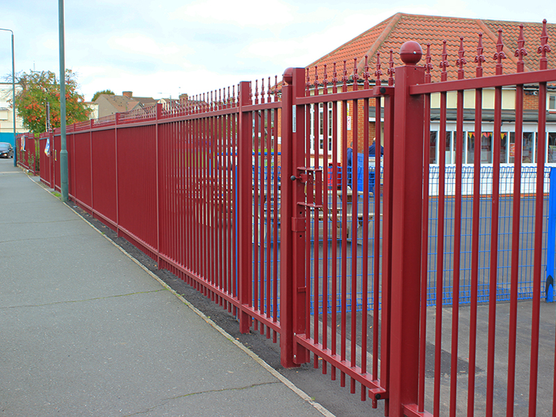 Barbican Imperial secures perimeter at East Wickham Primary School