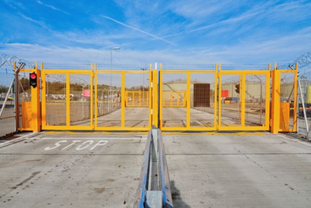 Automatic Hinged/ Swing Gates