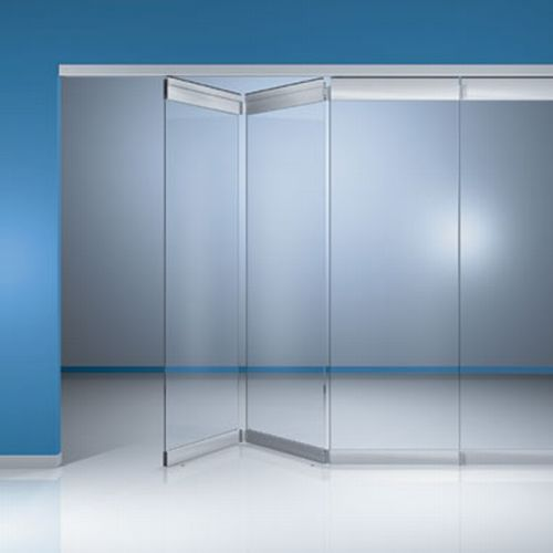 Pin fachadas comerciales on pinterest for Retractable glass wall system