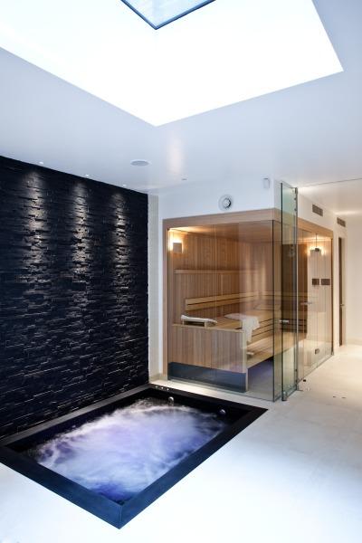 London Swimming Pool Company Ltd