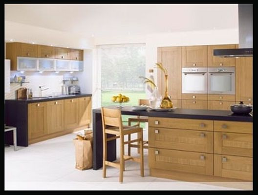 Lissa Oak Wood Shaker Base Units