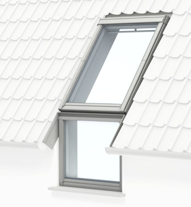 GGL centre-pivot roof window, manually operated, vertical