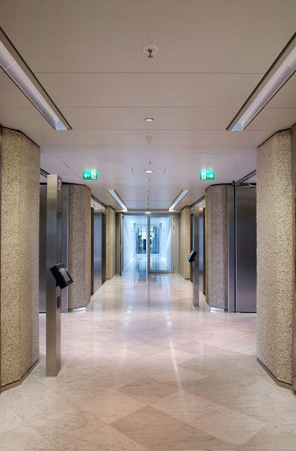 lmd e 312 corridor ceiling lindner ag. Black Bedroom Furniture Sets. Home Design Ideas