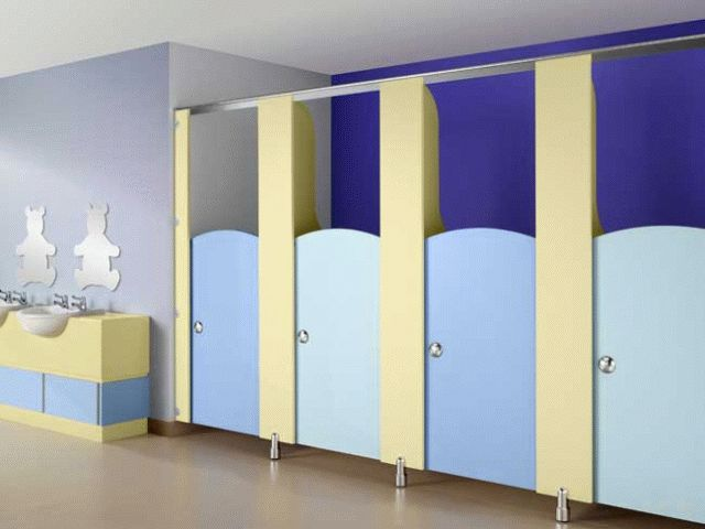 Acorn Melamine Faced Toilet Cubicle